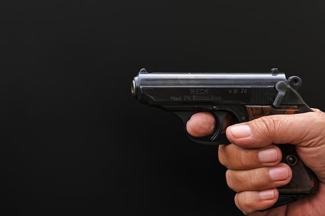 führen schreckschusswaffe ohne erlaubnis